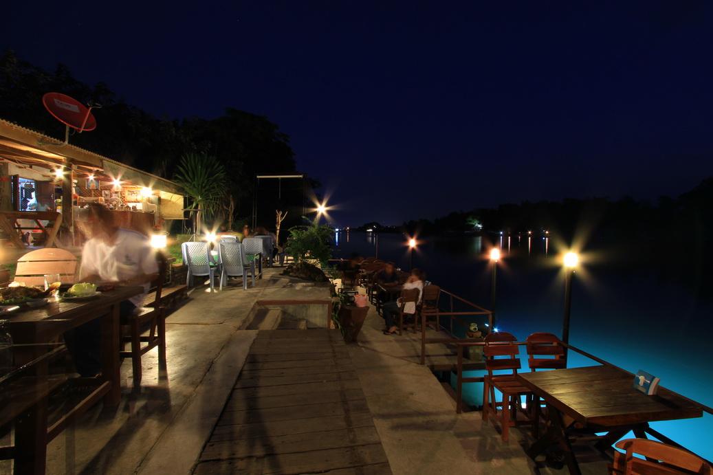 E8835236-16 ร้านอาหารกาญจนบุรี ร้านเด็ดต้องไปโดน