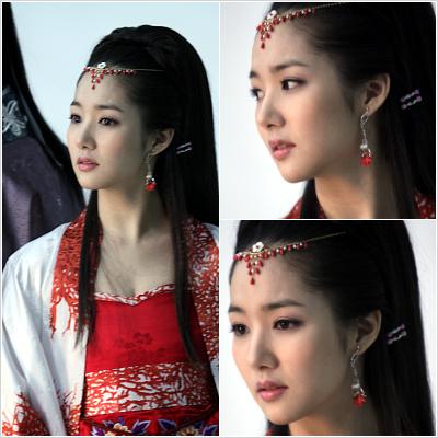 เรื่องชามย็องโกและองค์หญิงลาฮีผู้ล่มเมือง