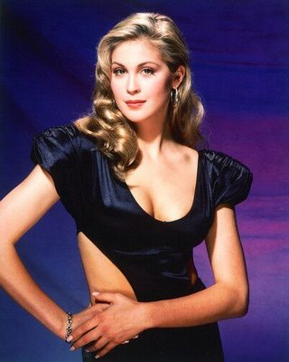 Kelly Rutherford pantip