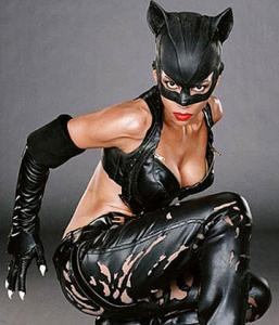 Catwoman (0 ΛΙ)