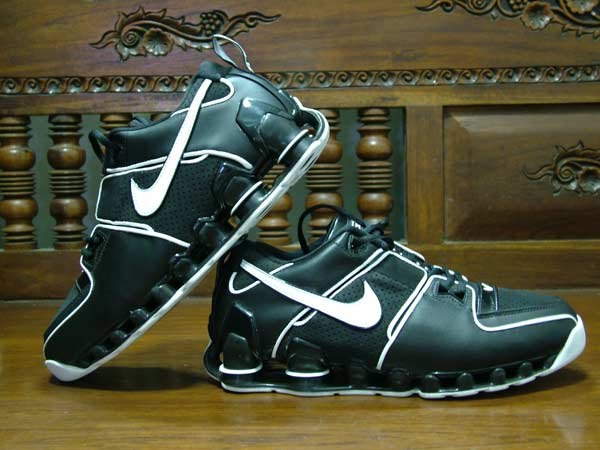 556a50aa008 ... release date nike shox bomber for sale f4db0 840c5 ...