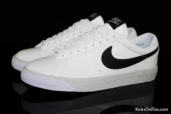 nike blazer low black and white